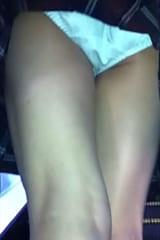 【JKパンチラ盗撮】ブラジャー丸見え制服女子高生をスカートめくり!画像